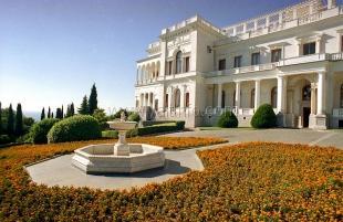 В парке Ливадийского дворца откроют «Аллею Славы»