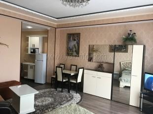 Апартаменты на Пушкинской с балконом